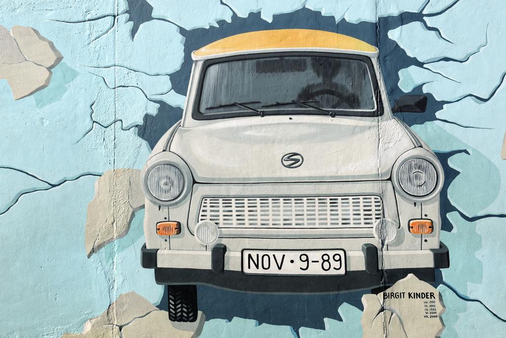 Berlin Mauer Trabi