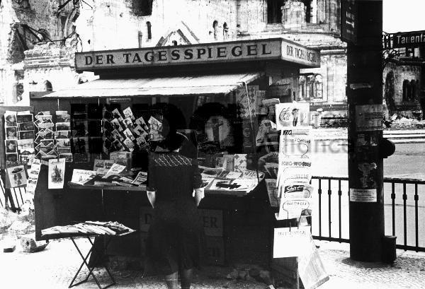 Zeitungen Kiosk Berlin